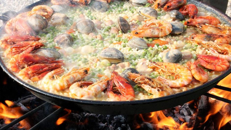 食欲の秋!志摩スペイン村「バルフィエスタ」パエリア、スペインタパスなどグルメ満載!