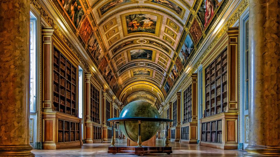 フランス宮廷の磁器 セーヴル、創造の300年