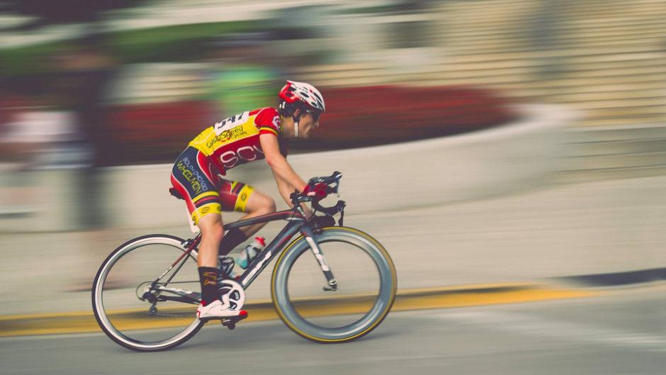 全速力で自転車が目の前を駆け抜ける!「2019ツアー・オブ・ジャパン いなべステージ」