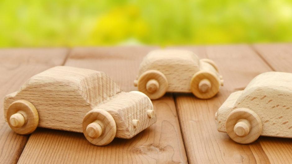 安城市で木の動きや音を楽しむ「木のおもちゃ展」を開催