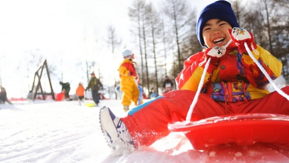 雪はまだここにある!白川郷で春なのに雪遊びキャンプを楽しもう!