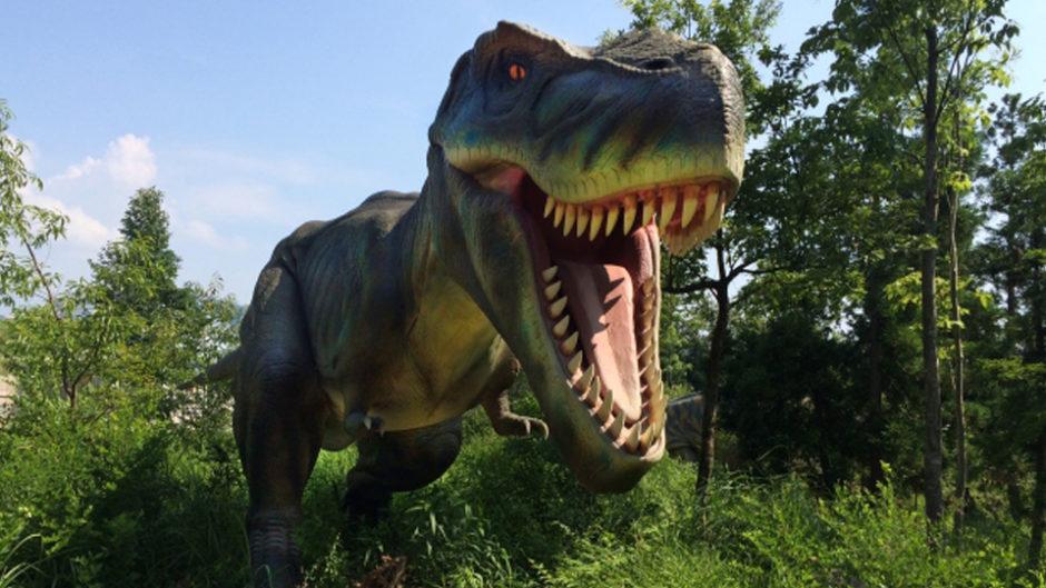 ナガシマで体験型アトラクション「恐竜島の大冒険」開催