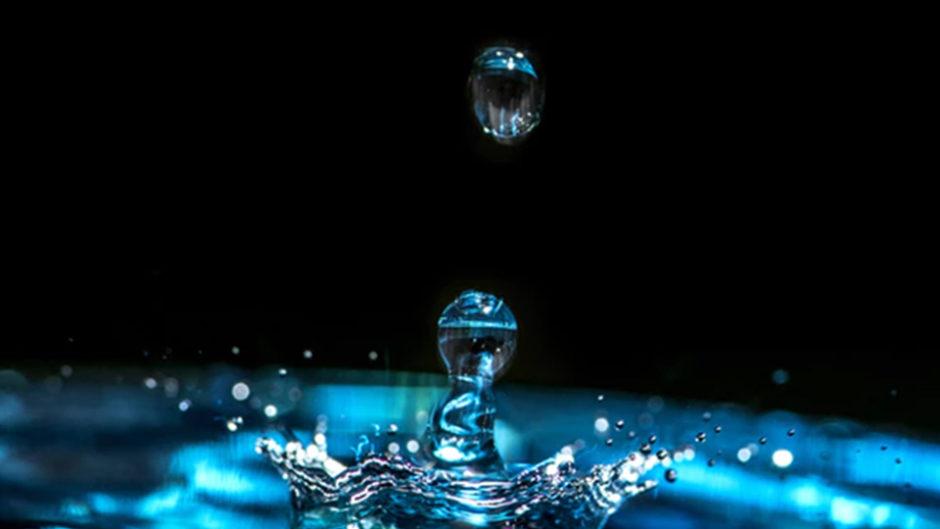 水に魅了される不思議な体験!『水を見る-秘めたるかたちと無限のちから』展が開催