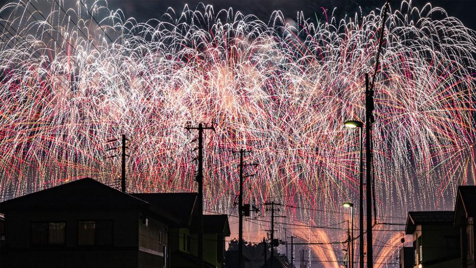ゴージャスなスターマイン&ナイアガラに感動!夏の思い出づくりは「ふくろい遠州の花火」で☆