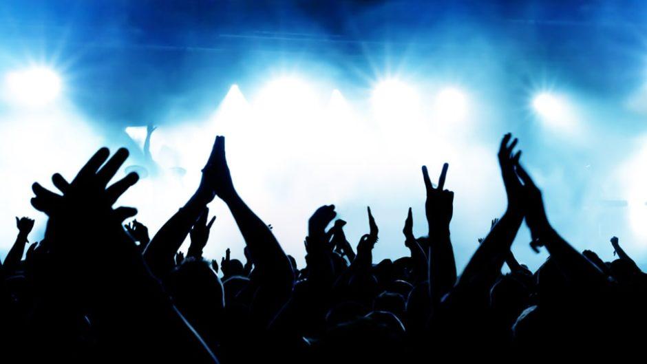 """渚園で体験型エンタメ「FIRE CASTLE&泡パーティー」開催!浜松の伝統競技""""城落とし""""と""""泡パーティー""""が融合した音楽フェスを楽しもう♪"""