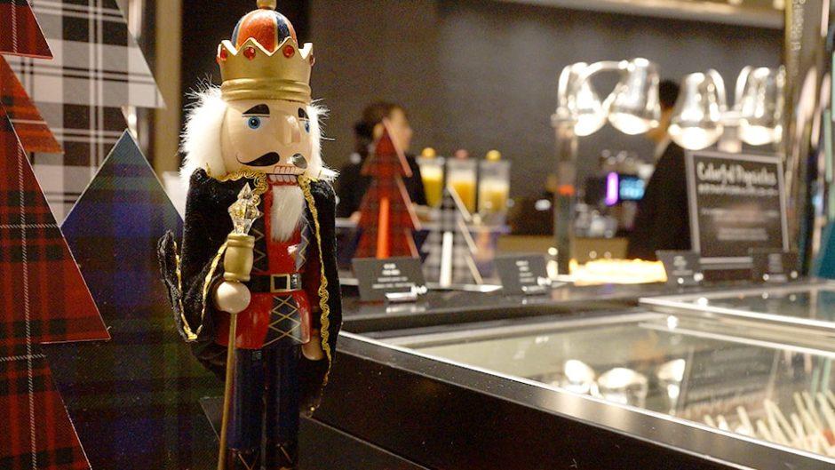 ヒルトン名古屋のクリスマスディナービュッフェはデート&家族でも楽しめるビュッフェだった!!
