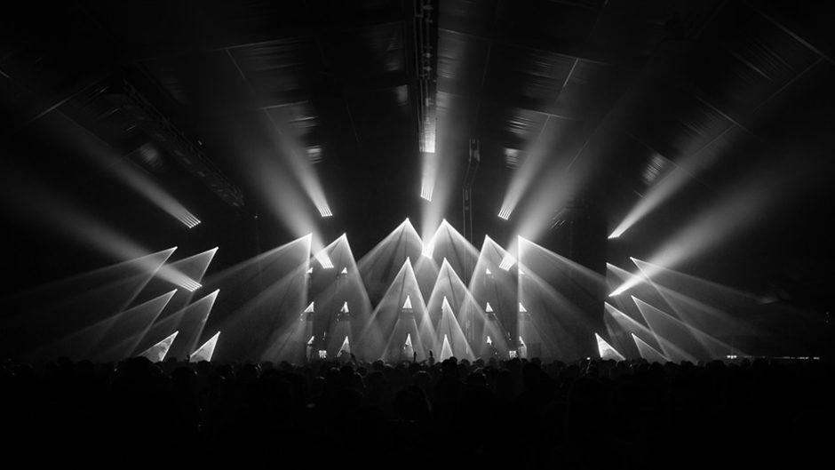 """「斉藤和義」が多治見で初のライブ!「KAZUYOSHI SAITO LIVE TOUR 2020 """"202020""""」開催!"""