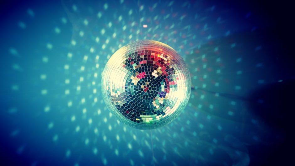 """袋井駅前に""""80年代ディスコ""""が登場!『夜宵ディスコナイト』&『キッズディスコ』で盛り上がろう♪"""