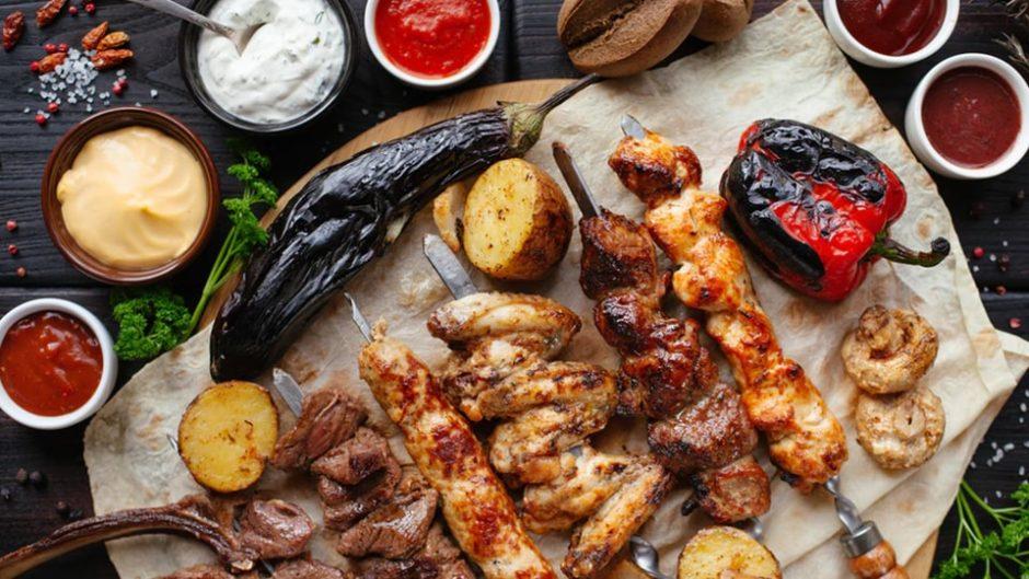 お肉と一緒に愛知の名物を食べ比べ!「肉ニクまつりVS第4回あいちめしEXPO'20」