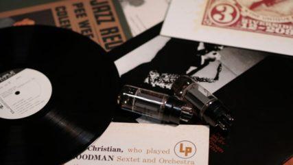 ジャズの街・岡崎市に貴重なコレクションが並ぶ 「内田修ジャズコレクション」