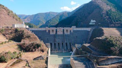 内部が見学できる!地域に開かれたダムに認定された「長島ダム」