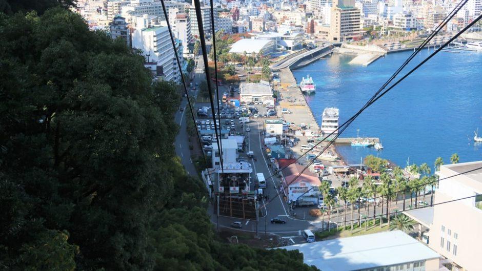 日本一短い乗車時間を誇る「アタミロープウェイ」で熱海を一望!