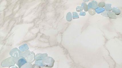大理石で作られた彫刻品がズラリと並ぶ「関ヶ原マーブルクラフト」