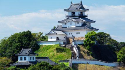 掛川市民の熱意と努力でよみがえった「掛川城」