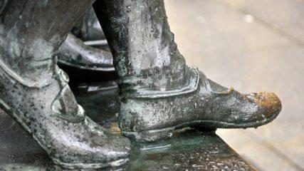 熱海出身の彫刻家・澤田政廣の作品&コレクションを所蔵「澤田政廣記念美術館」