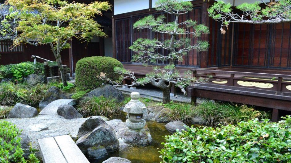伊藤博文やシーボルトも感動した日本庭園「帯笑園」