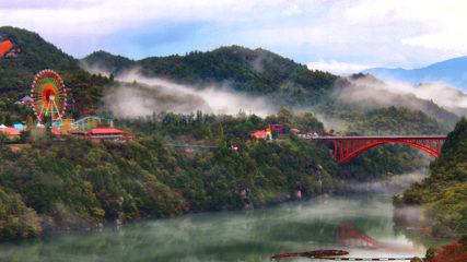 「恵那峡 天界苑」自然に囲まれたパワースポットで恋愛運を高めよう!