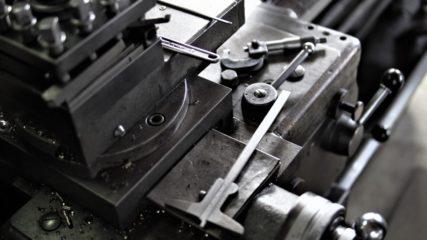 地下に博物館!?「ヤマザキマザック工作機械博物館」でレアな工作機械を鑑賞しよう!