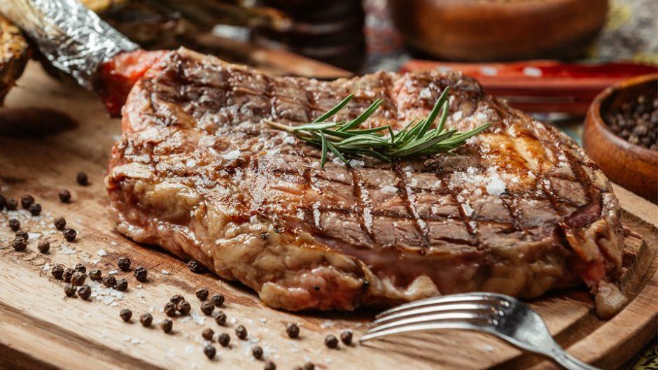リトルワールドで肉の祭典『世界の肉×肉祭り』が開催!思いっきり肉料理を楽しもう!