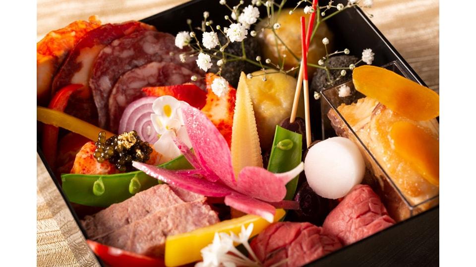 ストリングスホテル 名古屋 おせち料理